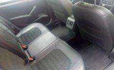 Quiero vender un Volkswagen Passat en buena condicción-4