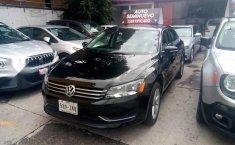 Quiero vender un Volkswagen Passat en buena condicción-3