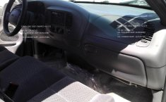 No te pierdas un excelente Ford Lobo 2002 Automático en Amozoc-8