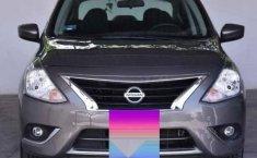 Un Nissan Versa 2017 impecable te está esperando-2