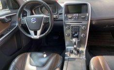 Se vende urgemente Volvo XC60 2014 Automático en Tlalpan-4