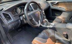 Se vende urgemente Volvo XC60 2014 Automático en Tlalpan-3
