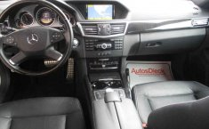 Coche impecable Mercedes-Benz Clase E con precio asequible-14
