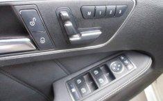 Coche impecable Mercedes-Benz Clase E con precio asequible-13