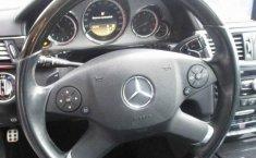 Coche impecable Mercedes-Benz Clase E con precio asequible-12