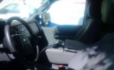 Vendo un carro Ford F-350 2012 excelente, llámama para verlo-8