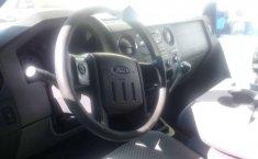 Vendo un carro Ford F-350 2012 excelente, llámama para verlo-2