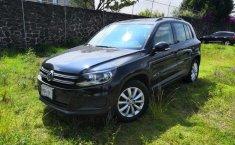 Coche impecable Volkswagen Tiguan con precio asequible-1
