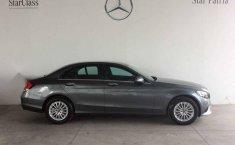 Pongo a la venta un Mercedes-Benz Clase C en excelente condicción-1