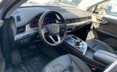 Quiero vender urgentemente mi auto Audi Q7 2018 muy bien estado-6