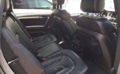 Audi Q7 2012-8