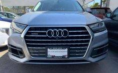 Quiero vender urgentemente mi auto Audi Q7 2018 muy bien estado-3