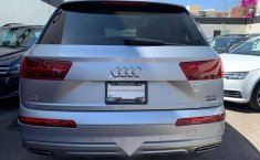 Quiero vender urgentemente mi auto Audi Q7 2018 muy bien estado-2
