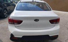 En venta un Kia Rio 2018 Automático en excelente condición-3
