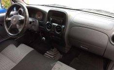 Quiero vender inmediatamente mi auto Nissan Chasis 2014 muy bien cuidado-1