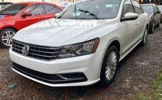 En venta un Volkswagen Passat 2016 Automático muy bien cuidado-4