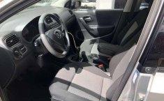 No te pierdas un excelente Volkswagen Vento 2015 Manual en Azcapotzalco-5