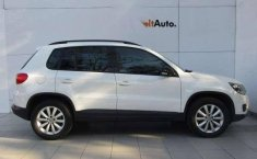 Vendo un carro Volkswagen Tiguan 2016 excelente, llámama para verlo-7