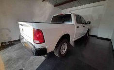 Vendo un Chevrolet 1500 impecable-5