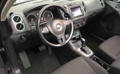 En venta un Volkswagen Tiguan 2016 Automático en excelente condición-4