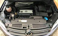 En venta un Volkswagen Tiguan 2016 Automático en excelente condición-0