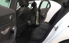 En venta carro Mercedes-Benz Clase C 2019 en excelente estado-4
