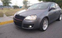 Pongo a la venta un Volkswagen Bora en excelente condicción-4