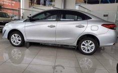 Vendo un carro Toyota Yaris 2019 excelente, llámama para verlo-12