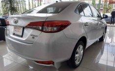 Vendo un carro Toyota Yaris 2019 excelente, llámama para verlo-2