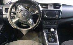 Coche impecable Nissan Sentra con precio asequible-5