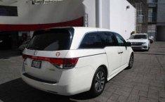 Vendo un carro Honda Odyssey 2016 excelente, llámama para verlo-5