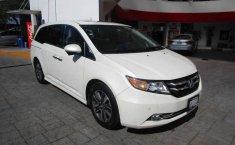 Vendo un carro Honda Odyssey 2016 excelente, llámama para verlo-3