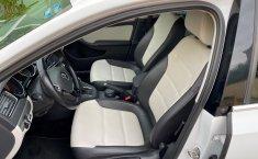 Volkswagen Jetta Sportline Triptronic 2017 Blanco (equipo adicional original)-10