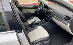 Volkswagen Jetta Sportline Triptronic 2017 Blanco (equipo adicional original)-3