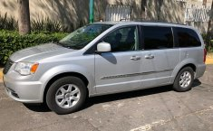 Chrysler Town & Country Gris -6