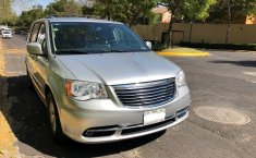 Chrysler Town & Country Gris -5