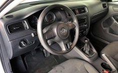 Tengo que vender mi querido Volkswagen Jetta 2012-7