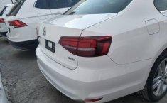 Volkswagen Jetta 2018-3