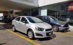 Se pone en venta un Chevrolet Sonic-2