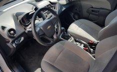 Se pone en venta un Chevrolet Sonic-0