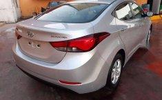 Hyundai Elantra 2016 barato-16