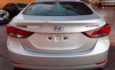 Hyundai Elantra 2016 barato-9