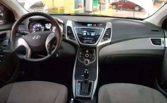 Hyundai Elantra 2016 barato-3