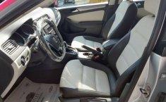 Un Volkswagen Jetta 2015 impecable te está esperando-18