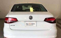 Pongo a la venta un Volkswagen Jetta en excelente condicción-4