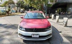 Un Volkswagen Jetta 2015 impecable te está esperando-5