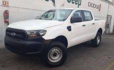 Un carro Ford Ranger 2014 en Iztacalco-4