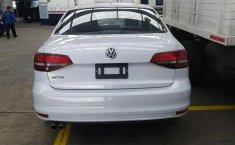 Un Volkswagen Jetta 2018 impecable te está esperando-8