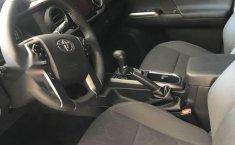 Toyota Tacoma impecable en Cuauhtémoc-4