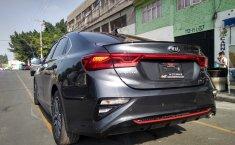 En venta carro Kia Forte 2019 en excelente estado-1